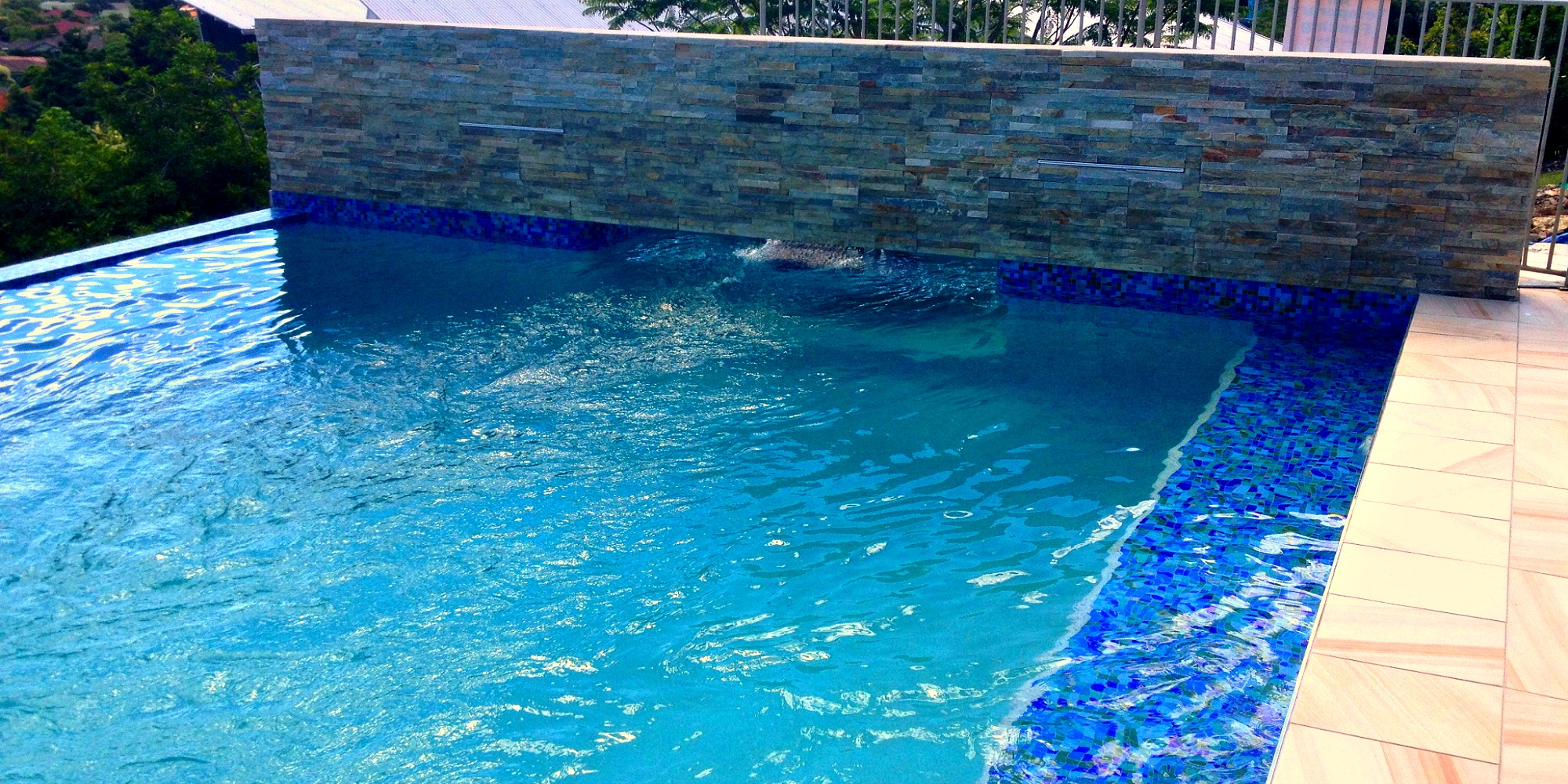 Custom pools qld for Custom swimming pools